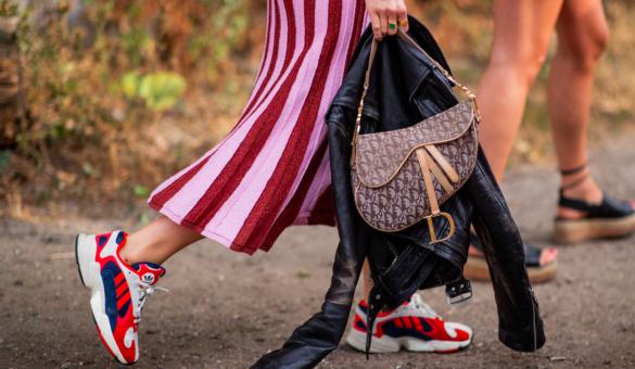 99c07984262 FASHION 2018: Пет тенденции в модния свят, които не харесахме